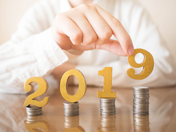 Five Resolutions To Trim Spending And Reduce Stress